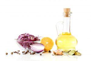 aceite-ajo-limon-cebolla-clavo-laurel