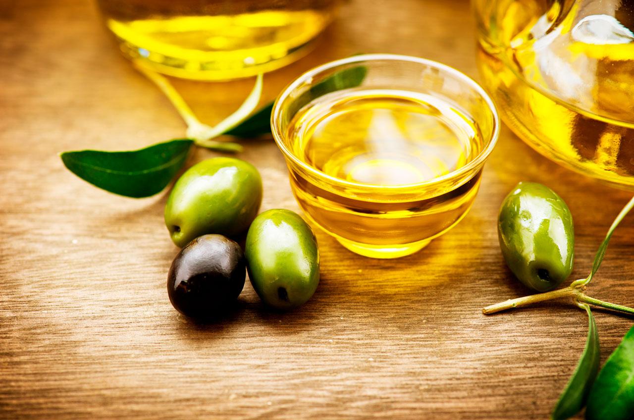 Aceite de Oliva para los Talones Agrietados