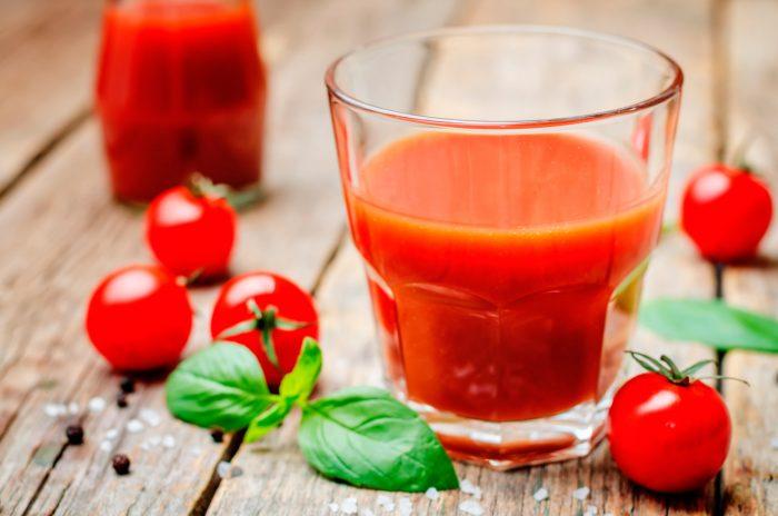 zumo-tomate