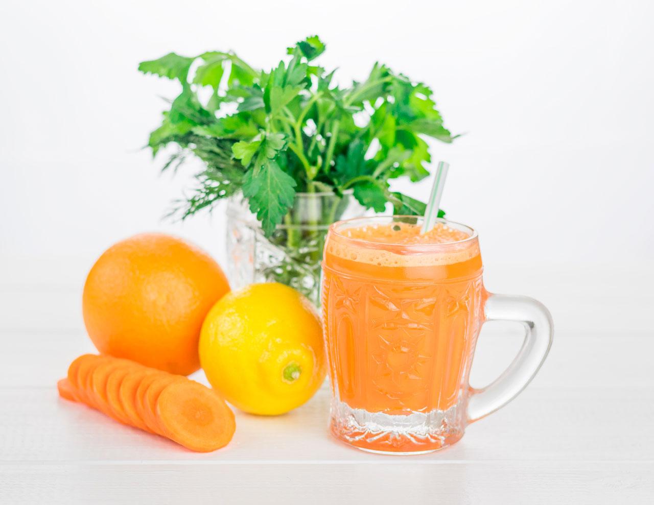 Licuado de Perejil, Zanahoria y Limón para la Próstata Agrandada