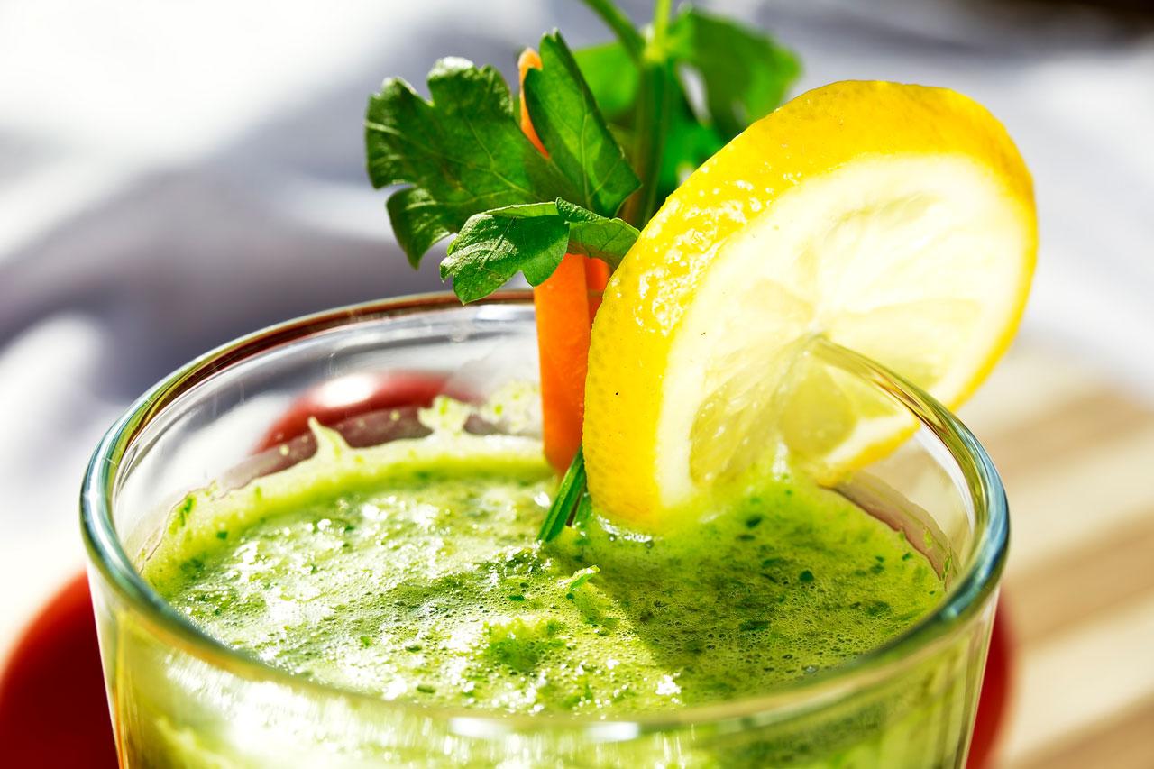 Infusion de perejil limon y vinagre de manzana