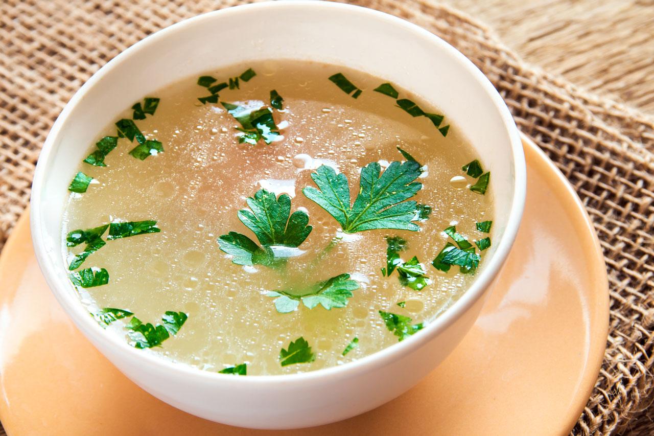 Sopa de Pollo para la Tos con Flemas
