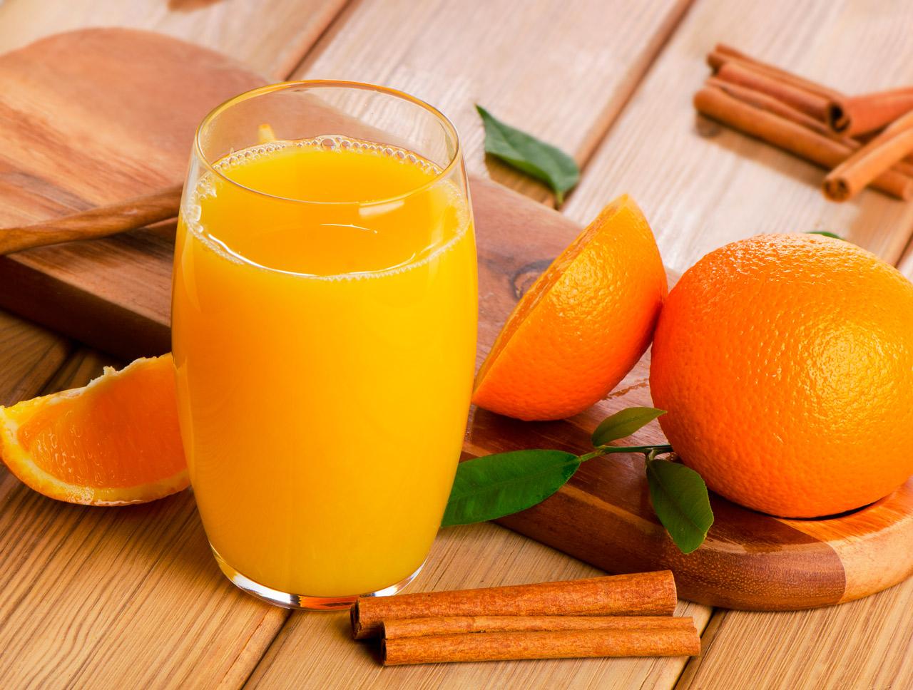 Remedio de Zumo de naranja y canela para el resfriado