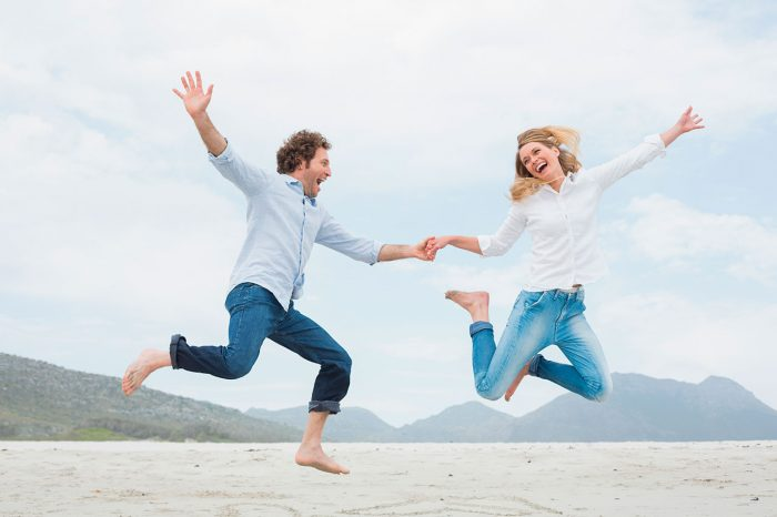 Vencer-fatiga-feliz-libertad-pareja