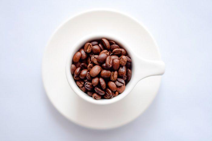 cafe-granos-taza