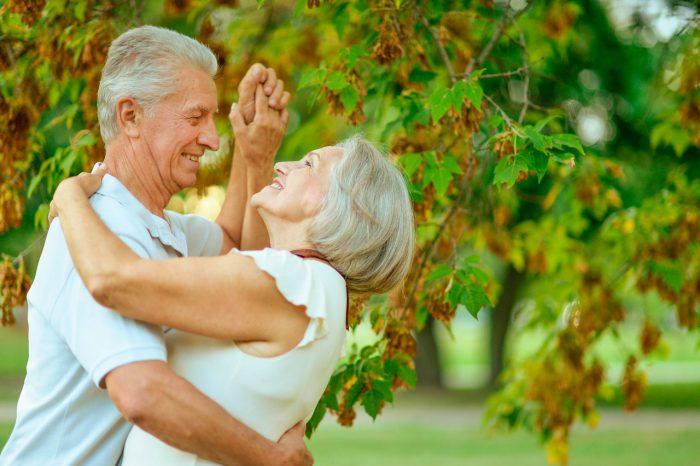 ancianos-tercera-edad-menopausia
