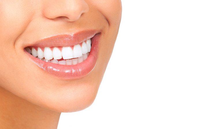 sonrisa-dientes-blancos