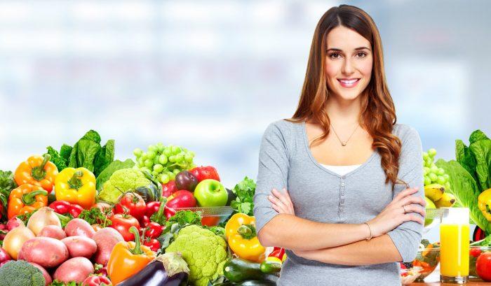 chica-mujer-comida-sana-verduras-frutas-adelgazar-peso
