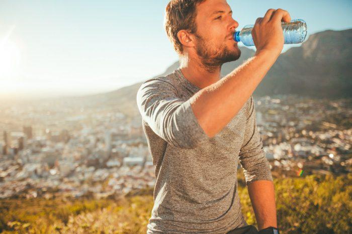 beber-agua-ejercicio-running