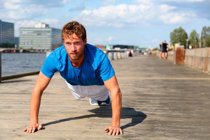 planchas-hombre-chico-ejercicio-resistencia