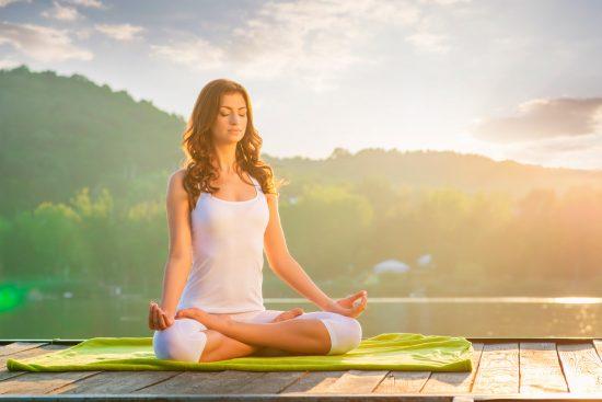 Iniciándote en el Yoga: 10 Posturas Básicas