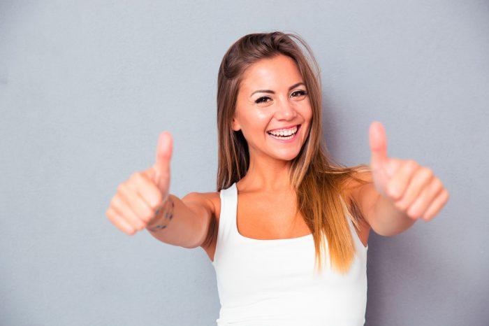 feliz-ansiedad-estres-sonrisa-saludable