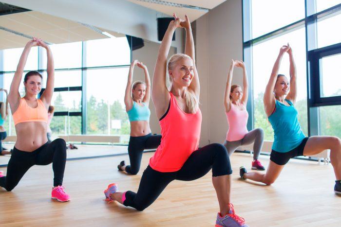 ejercicio-abdominales-zancada-lunge
