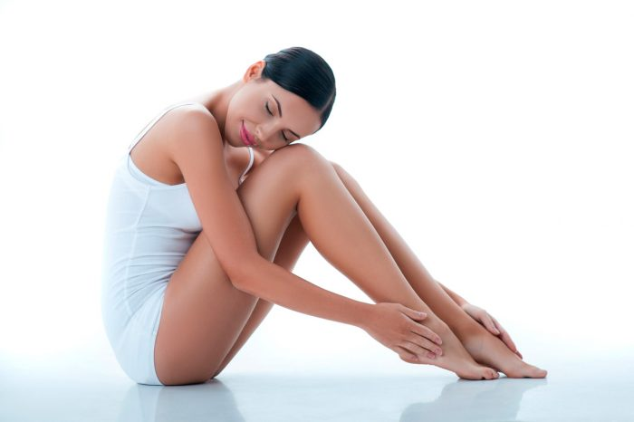 mujer-belleza-piernas-rodilla