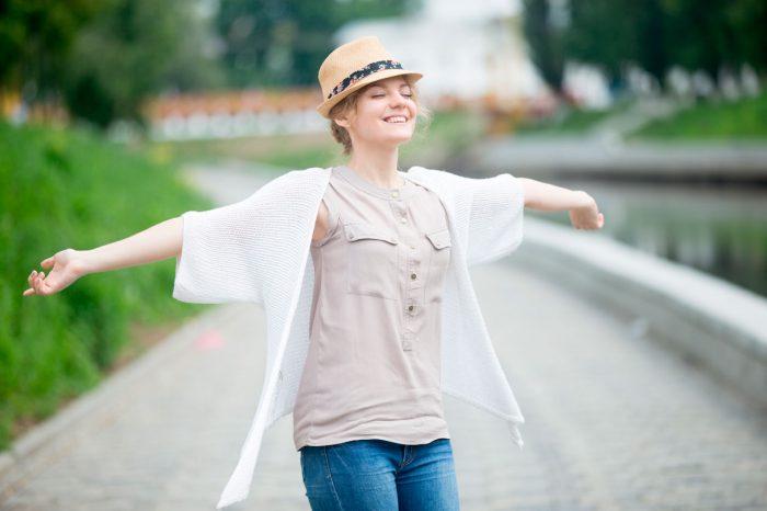 felicidad-mujer-alegria-libertad