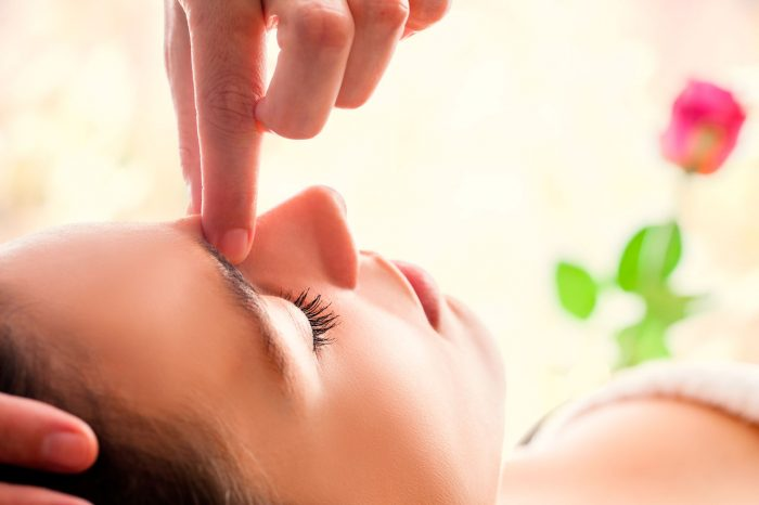 masaje-ojos-fatiga-visual