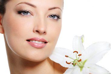 10 Aceites Esenciales que Lograrán Frenar los Signos de la Edad en tu Piel