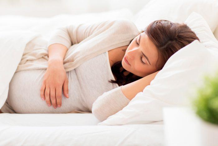 descansar-dormir-embarazada