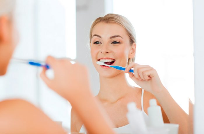 lavarse-los-dientes-cepillarse