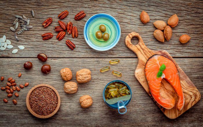 acidos-grasos-omega-3-salmon-frutos-secos-aguacate-semillas-lino-linaza-girasol-calabaza-aceitunas-2