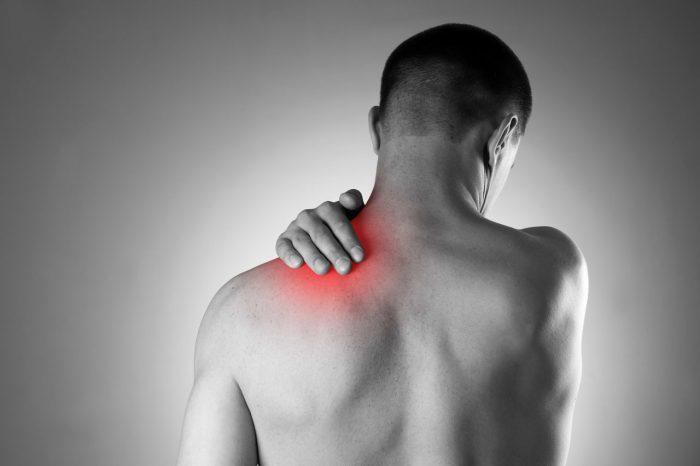 dolor-de-espalda-hombre