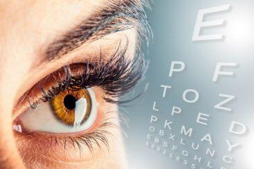 Protege tus Ojos de la Degeneración Macular con Estos 12 Alimentos
