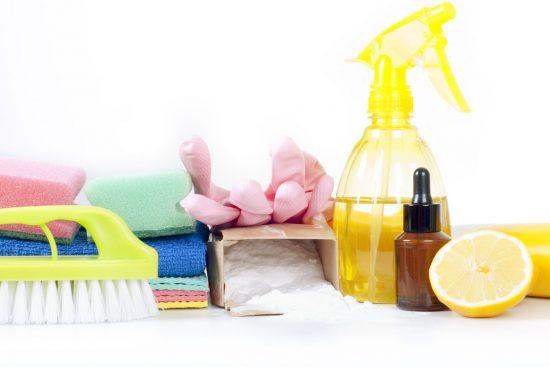 Limpia tu Casa con Menos Químicos con este Limpiador Multiusos Casero